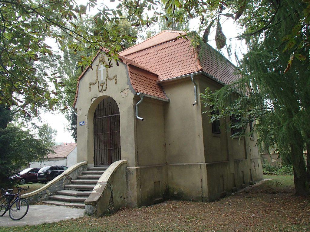 Remont dachu ewangelickiego kościoła filialnego w Bogatyni dobiegł końca